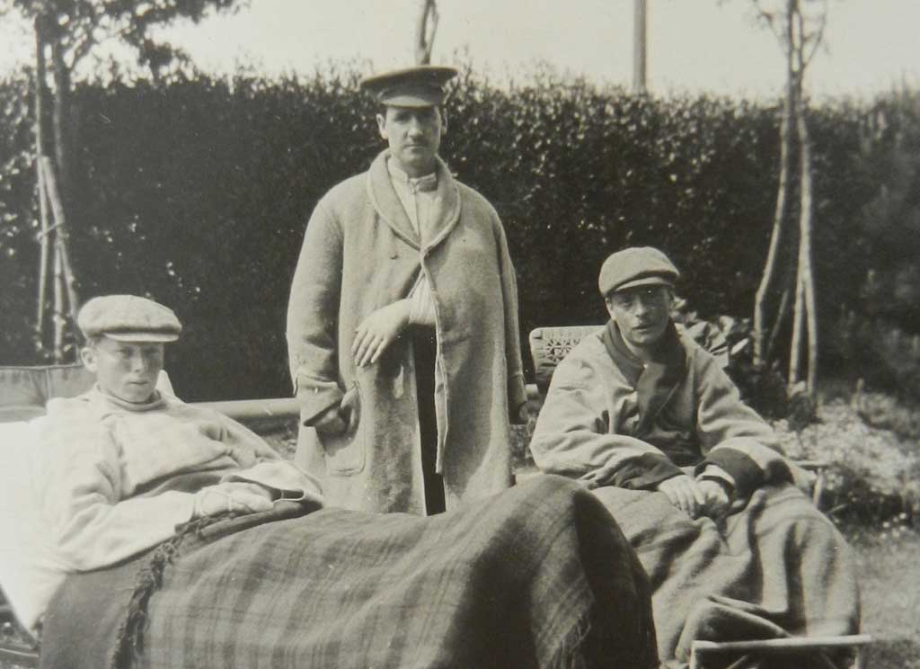 Patients convalescing in the garden at WW1 hospital