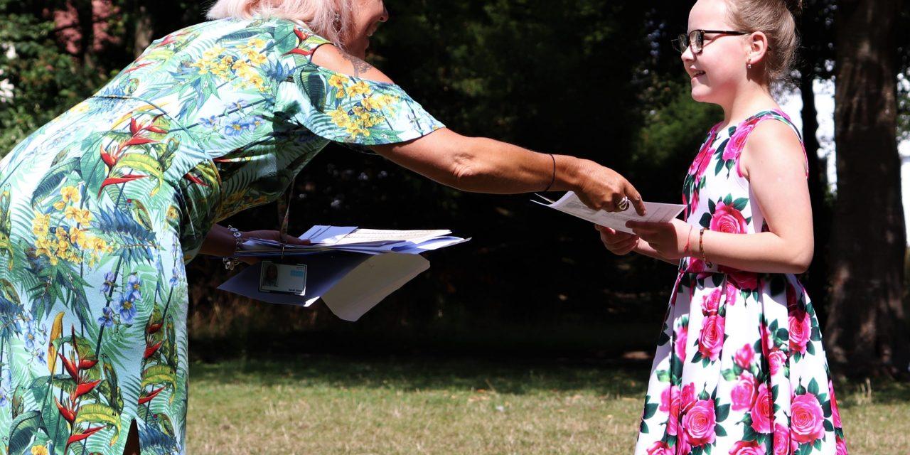 The Val Larkin Award Event 2020: Bilingual students awarded and legacies honoured