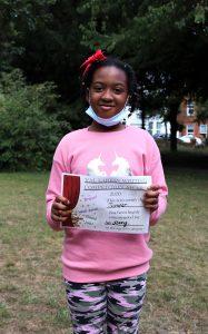 Jennifer with her award.